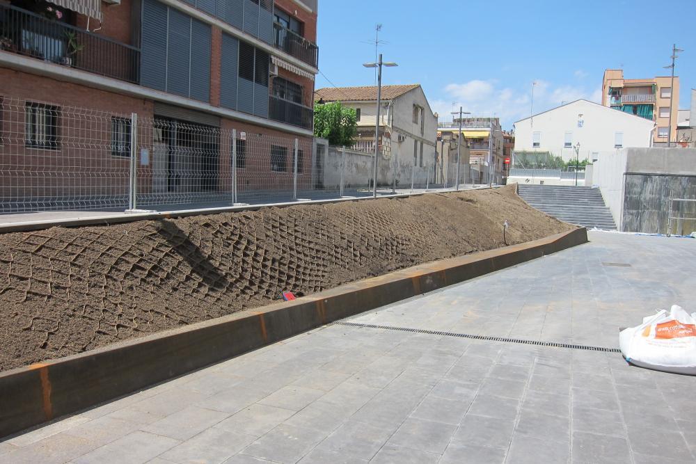 Estabilització talús- instal·lació geocel·les